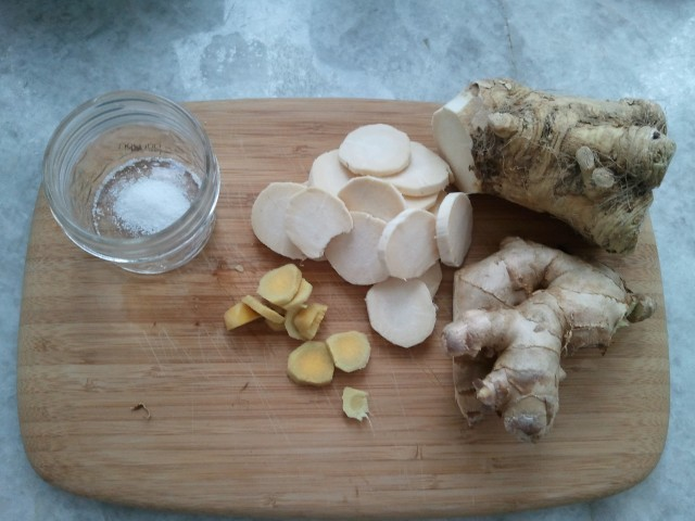 Horseradish and ginger root - Pickling