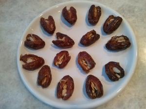 Almond slice filled dates